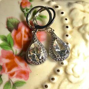 Jewelry - STERLING TEARDROP EARRINGS